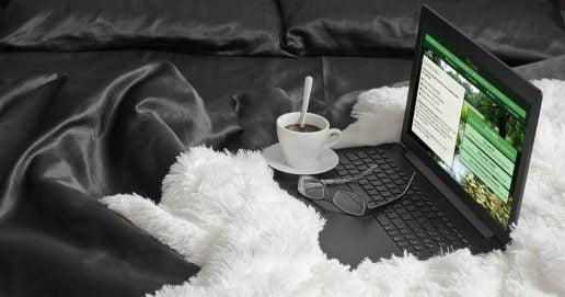 Kaffe och dator